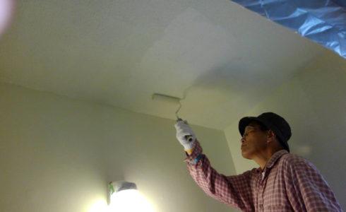 南大隅町 町営住宅 お風呂の壁面塗装